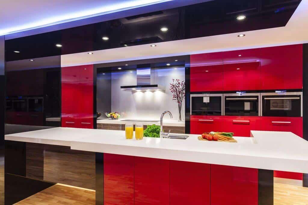 מטבח זכוכית - מטבח אדום